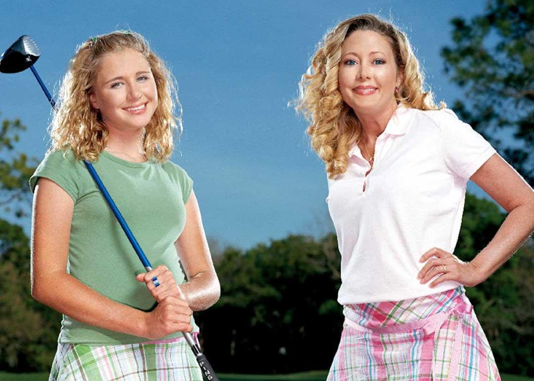 Hooters - Saga - Kelly Jo Dowd with daughter Dakoda